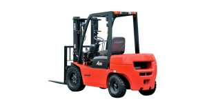 IC FORKLIFT TRUCK